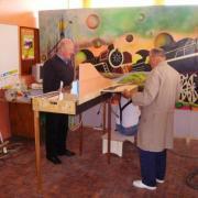 Jacques Pasquier et Camille remontant le réseau d'exposition après l'expo de Cholet en 2009